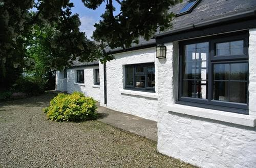 Last Minute Cottages - Luxury Newport Cottage S71858