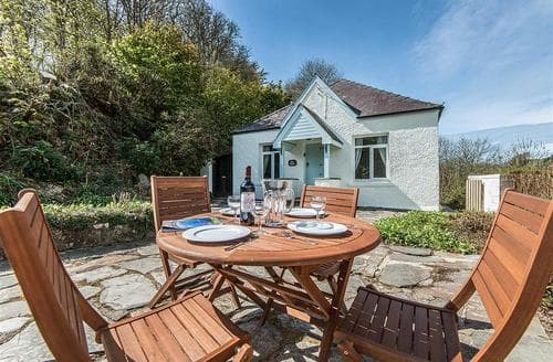 Last Minute Cottages - Beautiful Newport Cottage S79246
