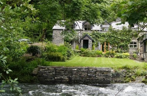 Last Minute Cottages - Dovey Valley Cottage