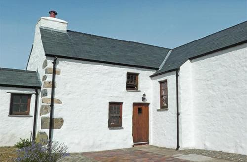 Last Minute Cottages - Attractive Strumble Head Cottage S71839