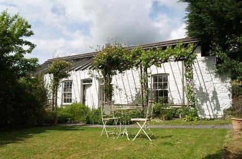 Last Minute Cottages - Superb Saundersfoot Cottage S71718