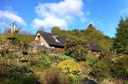 Last Minute Cottages - Upper Barn Cottage