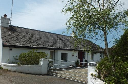 Last Minute Cottages - Tregwynt