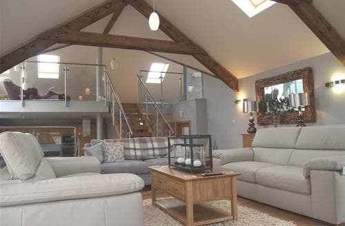 Last Minute Cottages - Delightful Broad Haven Cottage S71664
