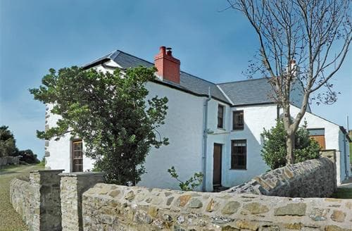 Last Minute Cottages - Lovely Strumble Head Cottage S71752