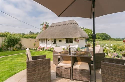 Last Minute Cottages - Attractive Ashford Cottage S104230