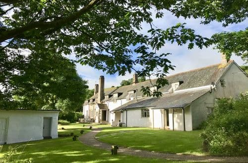 Last Minute Cottages - Weeke Barton S104434