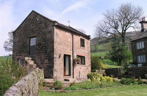 Last Minute Cottages - Roaches Cottage