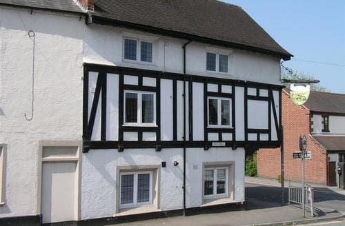 Big Cottages - Lovely Ashbourne Cottage S104975