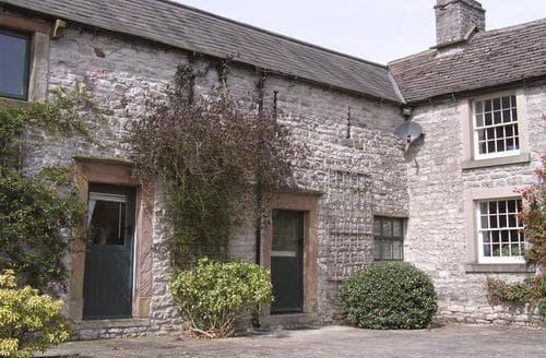 Last Minute Cottages - Excellent Taddington Cottage S104976