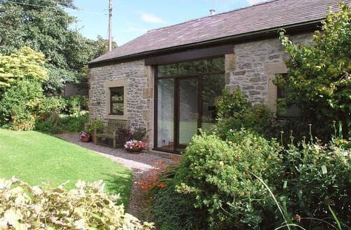 Last Minute Cottages - Swallows Nest