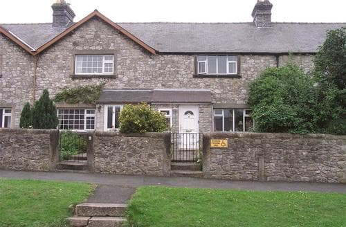 Last Minute Cottages - Lovely Bakewell Cottage S104990