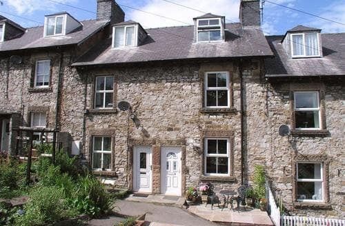 Last Minute Cottages - Lovely Bakewell Cottage S105003