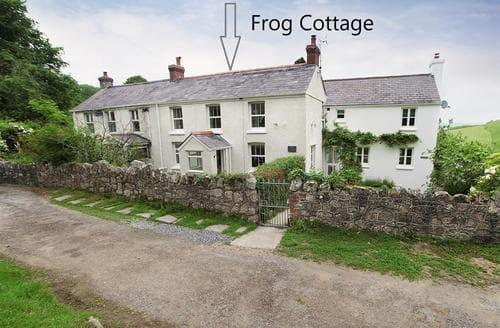 Last Minute Cottages - Inviting Llanmadoc Cottage S105018