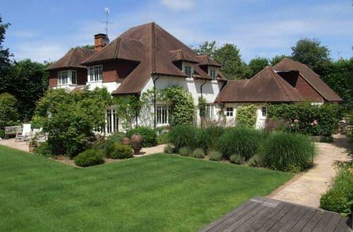 Last Minute Cottages - Aspen House