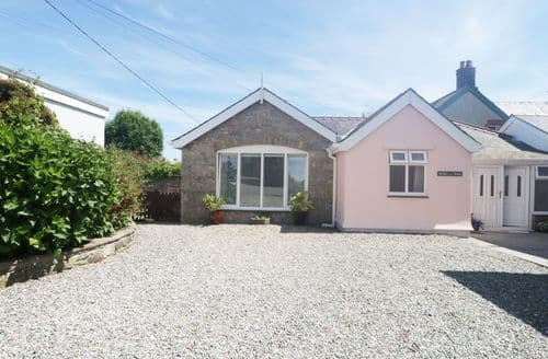 Big Cottages - Stunning Benllech Cottage S105114