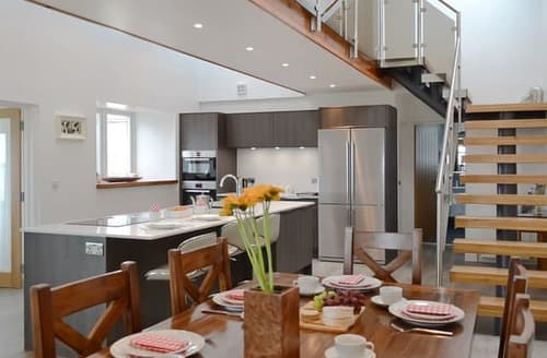 Last Minute Cottages - Beautiful Dunoon Cottage S105310