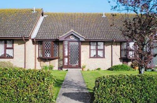 Last Minute Cottages - Tasteful Lymington Cottage S25139