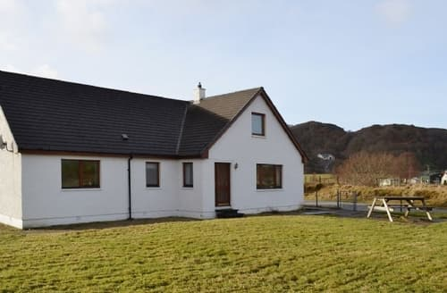 Big Cottages - Wonderful Acharacle Cottage S25148