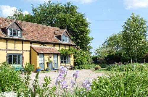 Last Minute Cottages - Litmarsh Farm Cottages   Founders Cottage S99837