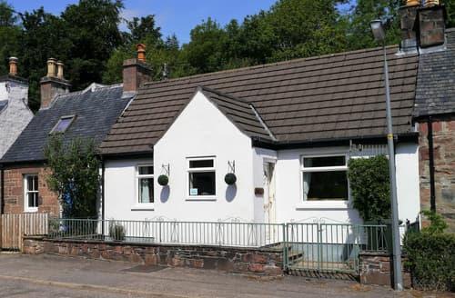 Last Minute Cottages - Captivating Northern Highlands Cottage S105442