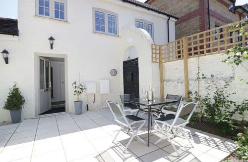 Last Minute Cottages - Exquisite Salisbury Cottage S105447