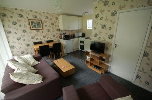 Last Minute Cottages - Stunning Cromer Lodge S105508