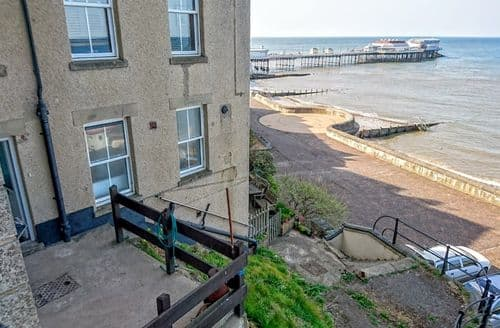 Last Minute Cottages - Inviting Cromer Apartment S105509