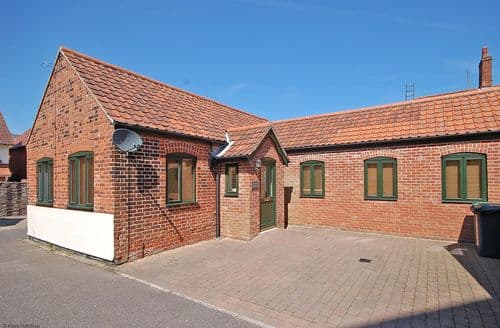Last Minute Cottages - Exquisite Sheringham Cottage S105582