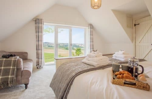 Last Minute Cottages - Splendid Bilton Cottage S105699