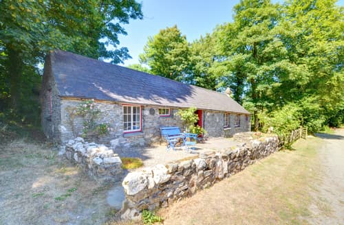 Last Minute Cottages - Penyrallt Fach Cottage