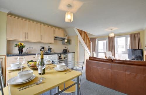 Last Minute Cottages - Charming Freshwater East Cottage S105714