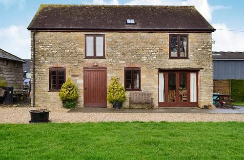 Last Minute Cottages - Inviting Sherborne Cottage S19858