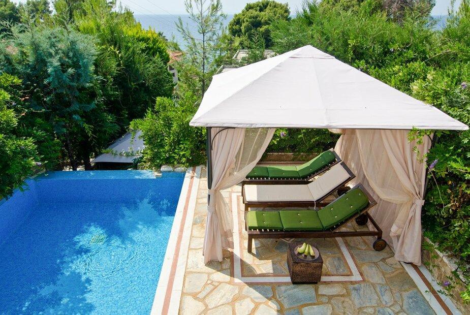 - Dewberry Villa