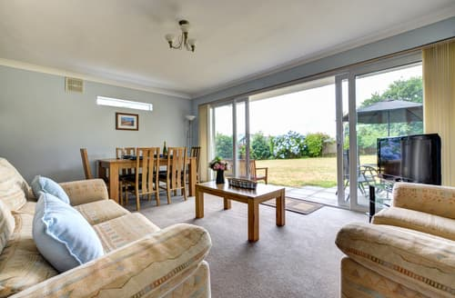 Last Minute Cottages - Charming Saundersfoot Apartment S106031