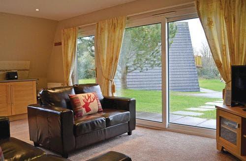 Last Minute Cottages - Gorgeous Lanivet Lodge S106186