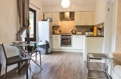 Last Minute Cottages - Delightful Caerwys Lodge S106214