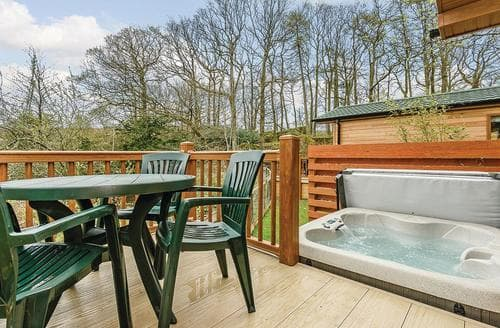 Last Minute Cottages - Wonderful Water Yeat Lodge S106224