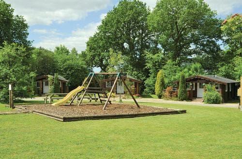 Last Minute Cottages - Excellent Brecon Beacons National Park Lodge S106233