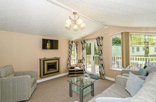 Last Minute Cottages - Delightful Pooley Bridge Lodge S106256