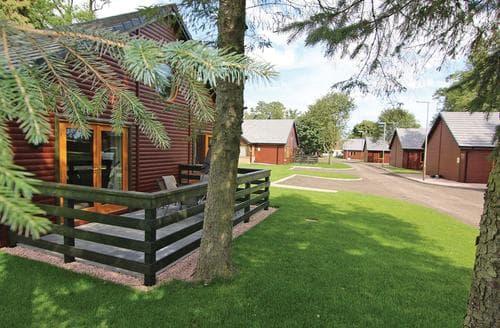 Last Minute Cottages - Gorgeous Kincaple Lodge S106289