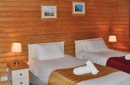 Big Cottages - Charming Llandeilo Lodge S106314