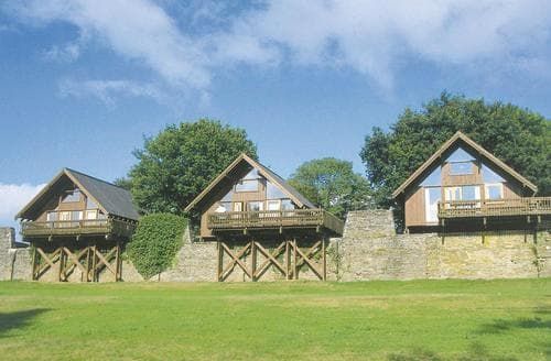 Last Minute Cottages - Charming Dobwalls Lodge S106323