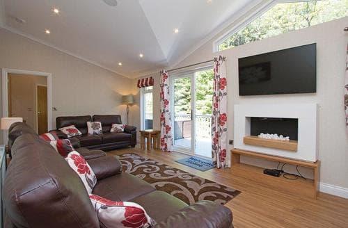 Big Cottages - Delightful Lochgoilhead Lodge S106578