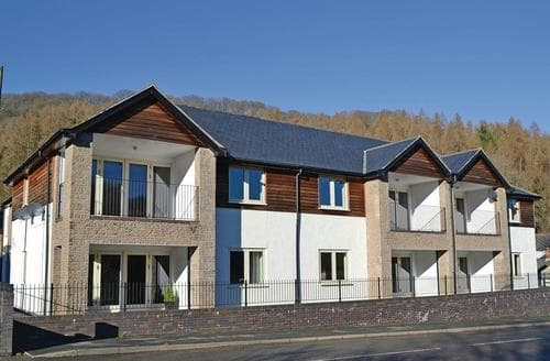 Last Minute Cottages - Gorgeous Glyn Ceiriog Lodge S106748
