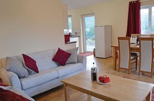 Big Cottages - Excellent Llanidloes Lodge S106758