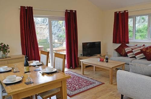 Last Minute Cottages - Charming Llanidloes Lodge S106759