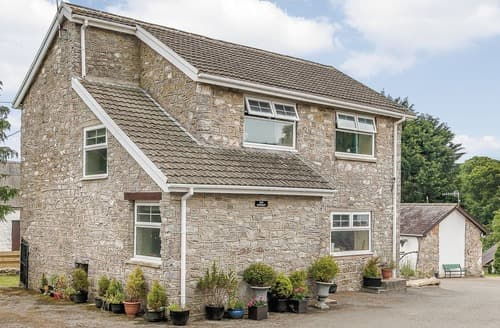 Big Cottages - Delightful St Florence Lodge S106767