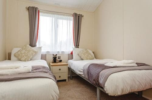 Last Minute Cottages - Tasteful Sidmouth Lodge S106789