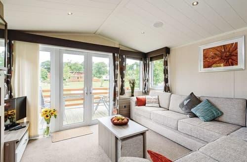 Last Minute Cottages - Captivating Bala Lodge S106814
